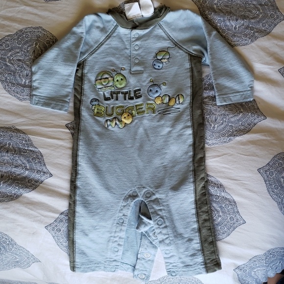 new NWT CARTER/'S unisex 100/% Cotton Blue long sleeve Bodysuit sz 3 mos /& 6 mos